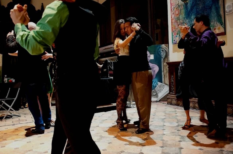 Group-Social-Dancers.jpg