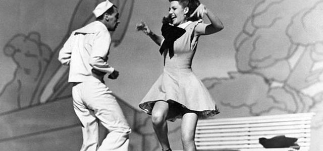 Swing Dance: The Complete Beginner's Guide